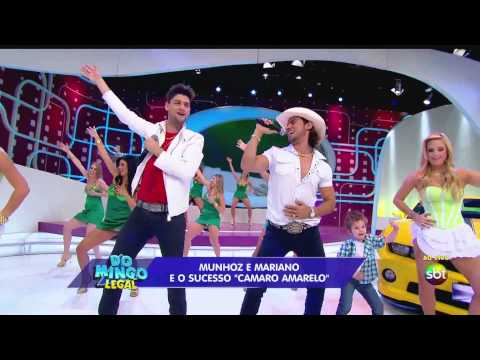 (HD) Munhoz e Mariano Camaro Amarelo no Domingo Legal