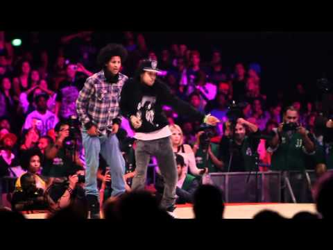 Les Twins (France) vs Lil O Tyger B (USA) Juste Debout 2011 Semi-Final YAK FILMS