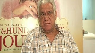 Om Puri on film with Steven Speilberg - BOLLYWOODCOUNTRY