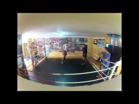 kratos gym fity vs chamo