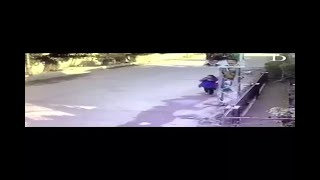 In Graphics: Pakistani woman beats bike robbers - ABPNEWSTV