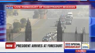 US President Barack Obama's convoy arrives at Rashtrapati Bhavan - TIMESNOWONLINE