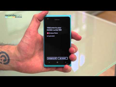 Nokia Lumia 900 European: Unboxing video