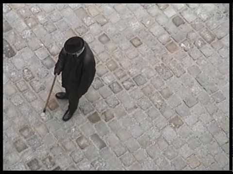 old man walking -ujtLEzgXk3M
