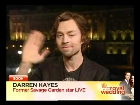 Darren Hayes Waving before being interviewed on Sunrise (australia) 28/04/2011