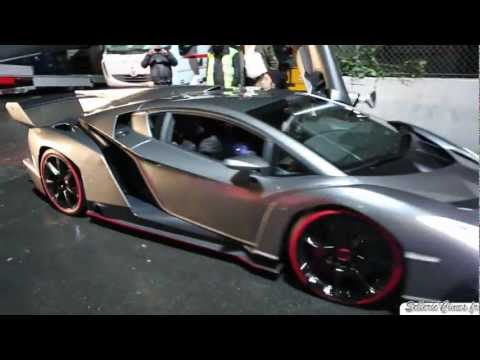 Lamborghini Veneno on the road - pure sound