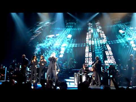 Symphonica Tour O2 Arena Praga 2011