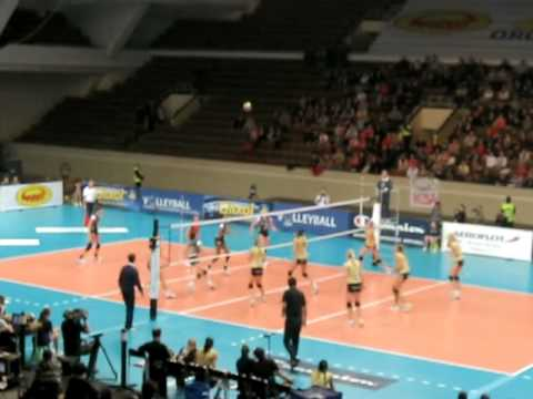 CEV Champions League women's (video + photo) Organika Budowlani Lodz vs RC Cannes 0:3  04.01.2011