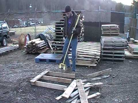 The Pallet Pryer