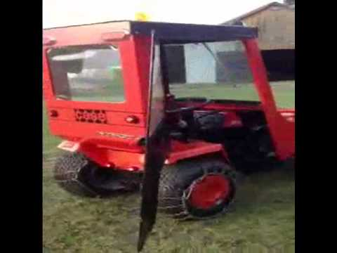 Case Ingersoll 3016 with Snow Cab