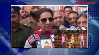 video : शीश महल में परनीत कौर द्वारा सरस मेले का उद्घाटन