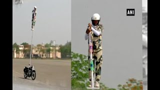 BSF 'Janbaaz' team performs mind-boggling stunt - ABPNEWSTV