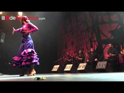 Alba Heredia en la Final del Cante de las Minas 2015, premio El Desplante en Baile Flamenco.