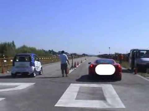 Smart Diablo VS Ferrari 430