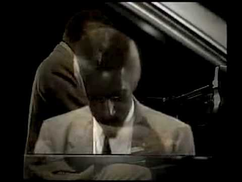 Mal Waldron &quot;Left Alone&quot; Piano Solo