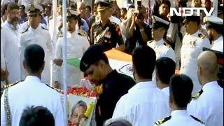 पंचतत्व में विलीन हुए गोवा के मुख्यमंत्री मनोहर पर्रिकर - NDTVINDIA