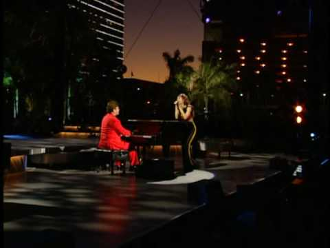 Shania Twain &amp; Elton John - About The Way You Look Tonight (Miami)