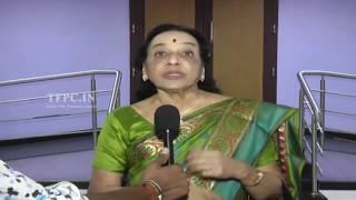 Senior Celebrities watch Gautamiputra Satakarni Movie | TFPC - TFPC