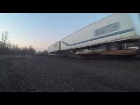 CSX morning hotshot intermodal (CSX Q009)
