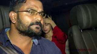 Alia Bhatt, Ranbir Kapoor Spotted Leaving Sanjay Dutt's House At Night - ZOOMDEKHO