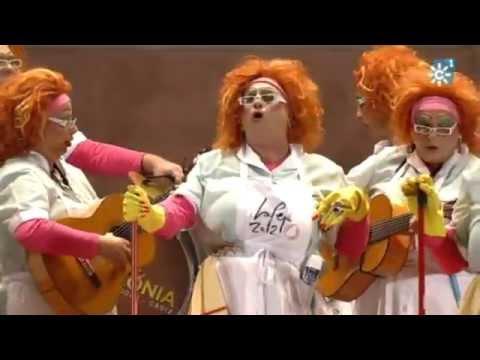 Sesión de Final, la agrupación Viva la Pepi actúa hoy en la modalidad de Chirigotas.
