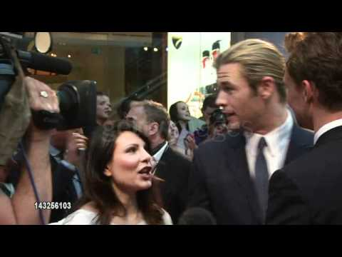 Chris Hemsworth and Tom Hiddleston at the Avengers Assemble premiere