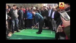 Watch Delhi CM Arvind Kejriwal play CRICKET - ABPNEWSTV