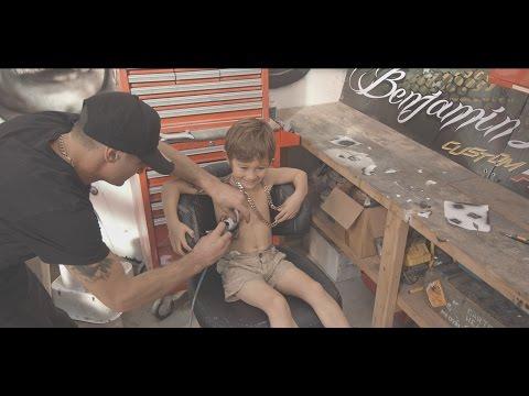 Youtube / [url=https://www.youtube.com/watch?v=vvf6oYzJcTI]Banjamin Lloyd  [/url]
