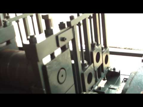 Maquina de Desentortar Vergalhão