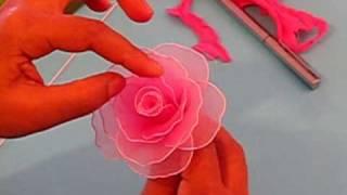 Fabrication d'une rose en collant / Nylon Rose