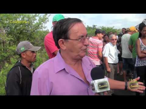 Moradores do distrito de Jaguara fazem manifestação reivindicando seus direitos