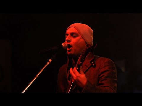Ishq Bhi Kiya Re Maula by Ali Azmat at Bangladesh ♫