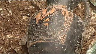 اكتشاف مقبرة من العصر الحديدي بالقرب من باريس