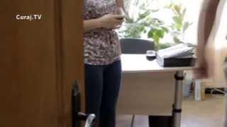 În biroul executorului Bănărescu se consuma vin în timpul lucrului