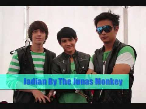 THE JUNAS MONKEY - JADIAN (WITH LYRICS)BEST VIEW