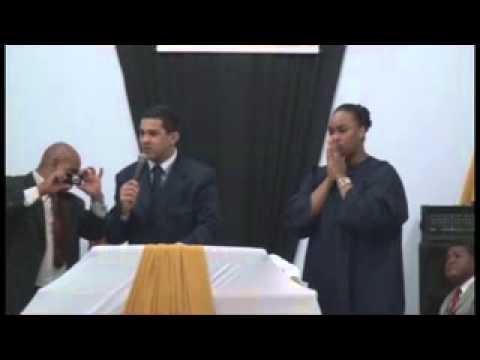 Cantora Elaine Martins e seu esposo Missionário Oséias