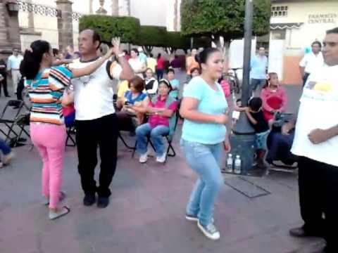Bailando en Zamora Mich 1