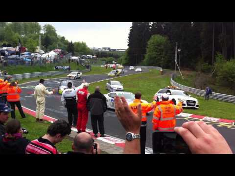 Jay Cox spots his dad on Nurburgring 24hr green flag lap