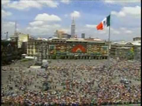 Desfile Militar Conmemorativo al Bicentenario 1/2