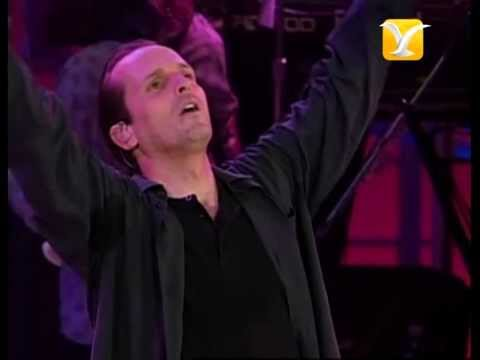Miguel Bosé, Partisano