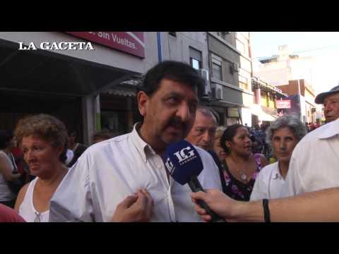 Enojo y corte de calle por no poder adquirir la Tarjeta Ciudadana