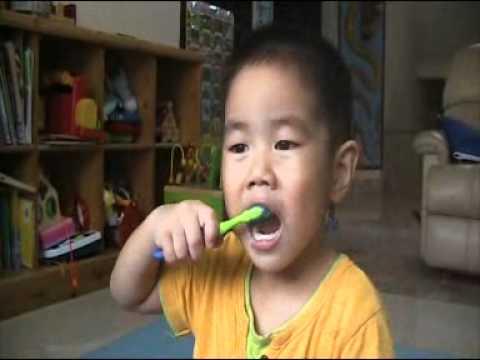 น้องสิงห์โต..มามะ มาแปรงฟันแปรงฟัน..