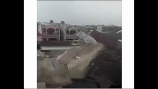 Agra: 2-storey building collapses, incident caught on camera - ABPNEWSTV