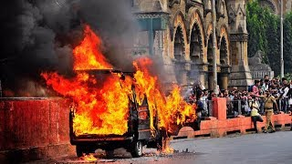 Mumbai, cst station, car on fire, taxi catches fire, car catches fire, traffic jam, Mumbai traffic - TIMESOFINDIACHANNEL