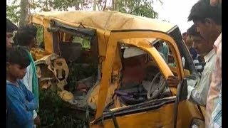 UP: 13 children, driver dead as school van collides with moving train - ABPNEWSTV