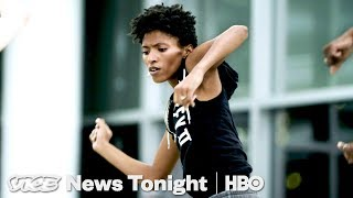 """Alvin Ailey Dance Theater Is Trying To Make Modern Dance """"Pop"""" Again (HBO) - VICENEWS"""