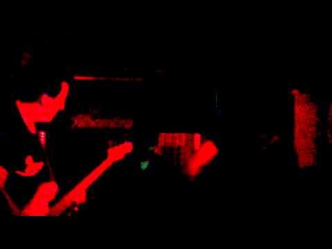 Guadalupe Plata   Gatito + Jesús está llorando @ live at Polaroid Club Granada, 2012