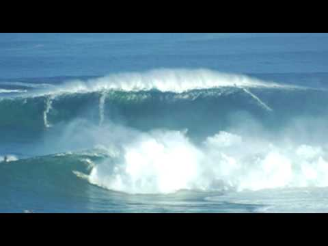 JAWS absolute insane big wave December 2004 Maui Hawaii