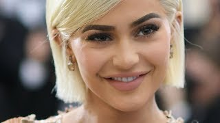 Kylie Jenner And Travis Scott Shop For Engagement Rings! | Hollywire - HOLLYWIRETV