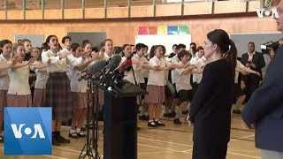 Christchurch Pupils Perform Haka for Prime Minister Jacinda Ardern - VOAVIDEO